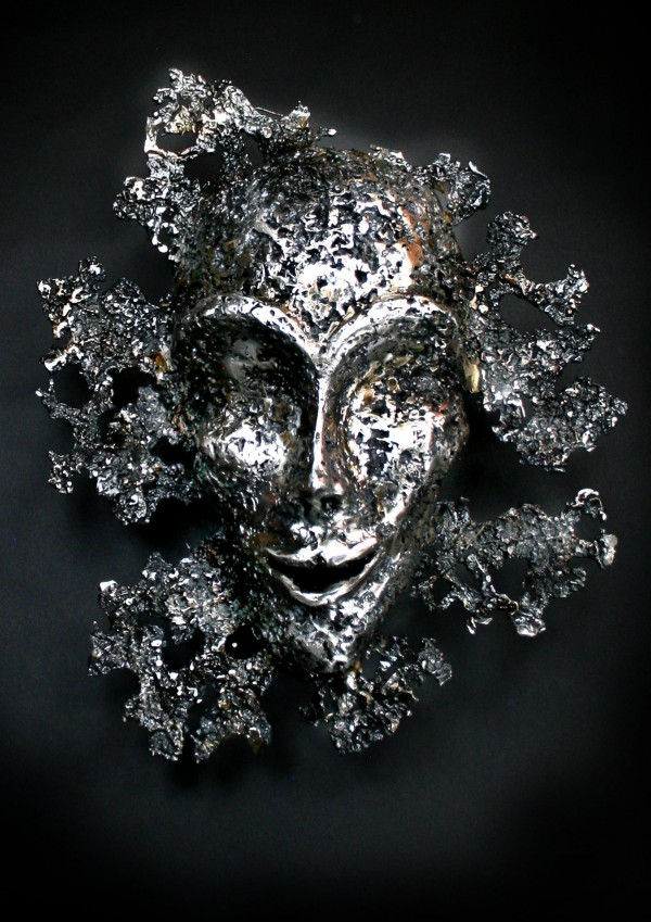 The Leaf - a mask by iron sculptor Nimrod Messeg